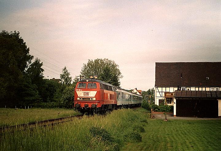 http://www.eisenbahn-im-bild2.de/Bilder/Voll/218_2/25496_218-156.jpg
