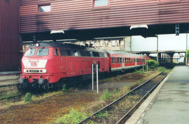 http://www.eisenbahn-im-bild2.de/Bilder/Voll/218_4/21076_218-399.jpg