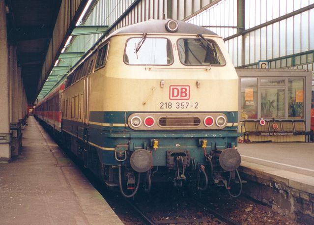 http://www.eisenbahn-im-bild2.de/Bilder/Voll/218_4/21470_218-357.jpg