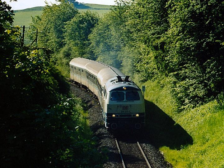 http://www.eisenbahn-im-bild2.de/Bilder/Voll/218_4/25491_218-320.jpg