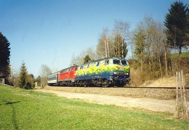 http://www.eisenbahn-im-bild2.de/Bilder/Voll/218_5/15044_218-418.jpg