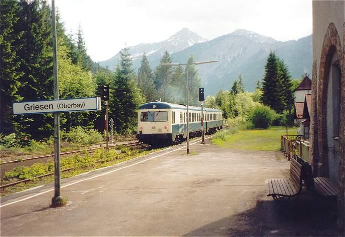 http://www.eisenbahn-im-bild2.de/Bilder/Voll/628_1/19053_628-009.jpg