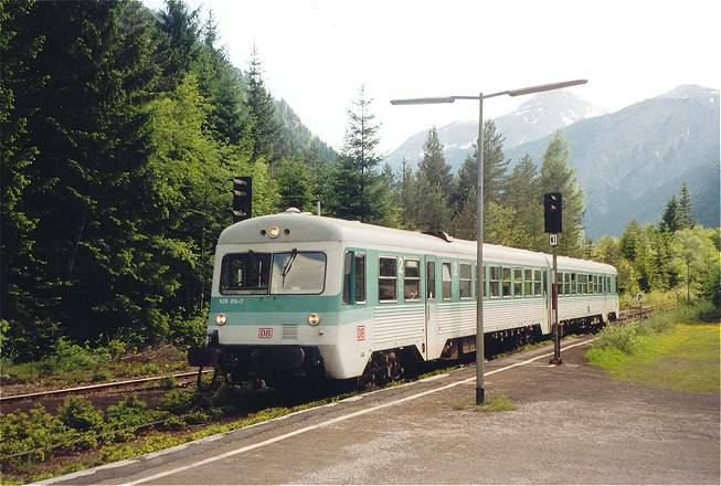 http://www.eisenbahn-im-bild2.de/Bilder/Voll/628_1/19056_628-014.jpg