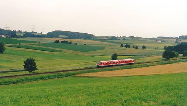 http://www.eisenbahn-im-bild2.de/Bilder/Voll/628_4/19327_628-4.jpg