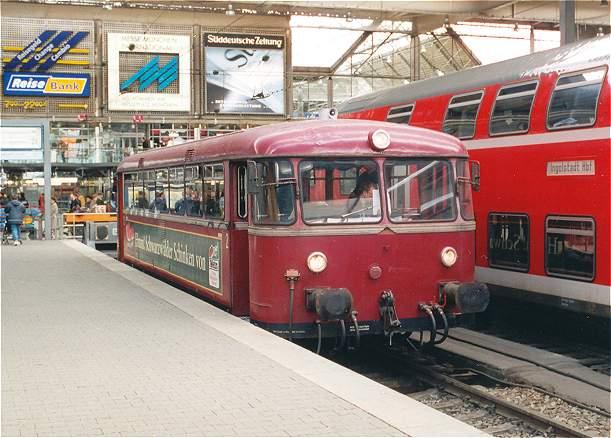 http://www.eisenbahn-im-bild2.de/Bilder/Voll/798_1/18422-798-623.jpg
