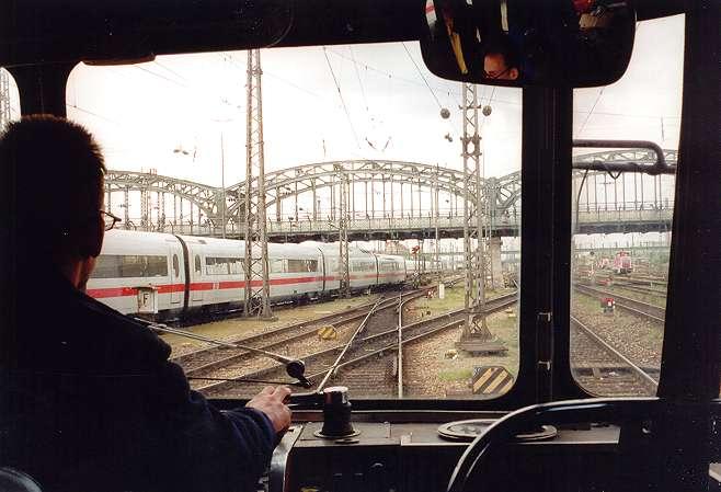 http://www.eisenbahn-im-bild2.de/Bilder/Voll/798_1/18423-798-623.jpg